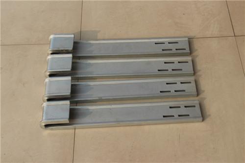 方柱加固件